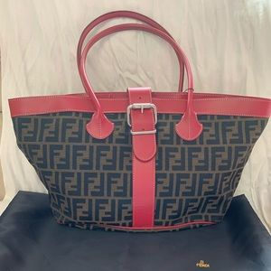 Authentic FENDI large shoulder bag with duster